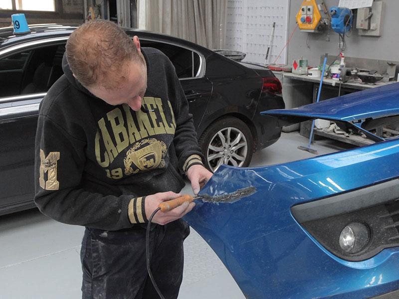 Carrosserie et peinture automobile domont dans le val d oise for Garage du marais sucy